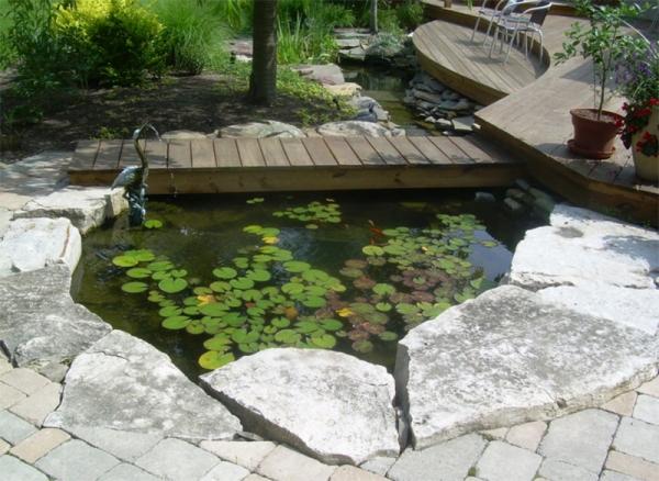 Mang thiên nhiên đến với căn nhà nhờ ao cá trong vườn