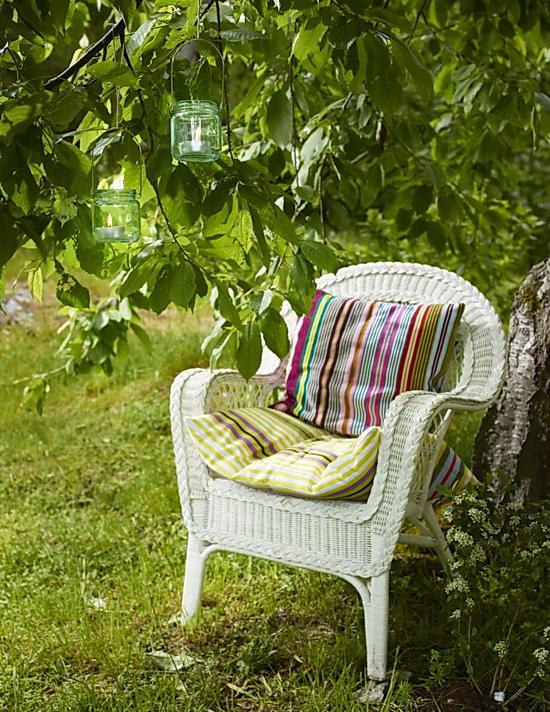 """""""Du hí"""" mùa hè trong khu vườn thơ mộng"""