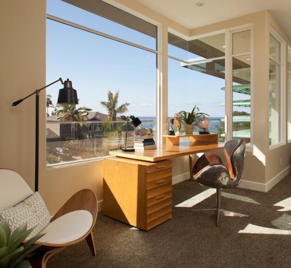 Một phòng làm việc mở đưa ta đến thiên nhiên, sự sáng tạo, khi sử dụng các cửa sổ trong văn phòng nhà bạn để làm sáng hơn.